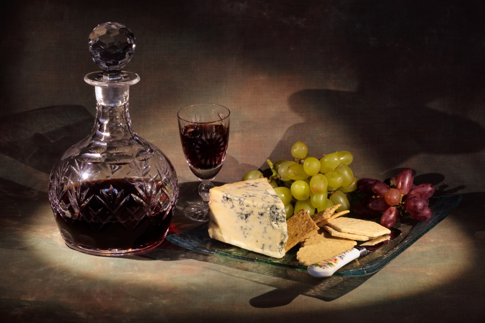 Gourmet crib. Combinations of cheese and wine 73