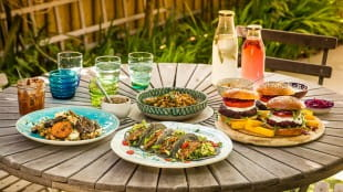 Six top tips for creating a vegan and gluten-free barbecue