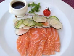Wine with salmon 10 ways to serve salmon and the wines to for What wine goes with fish